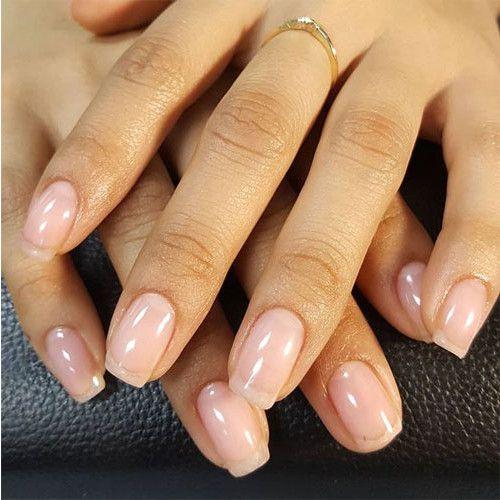 CND Shellac Clearly Pink - прозрачный гель лак бледно-розового цвета без блесток и перламутра. Отлично подойдет для французского маникюра.