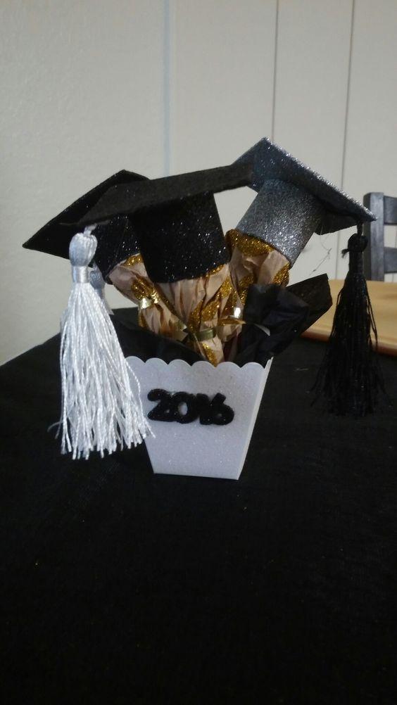 Arreglos Florales Para Graduacion De Universidad Google