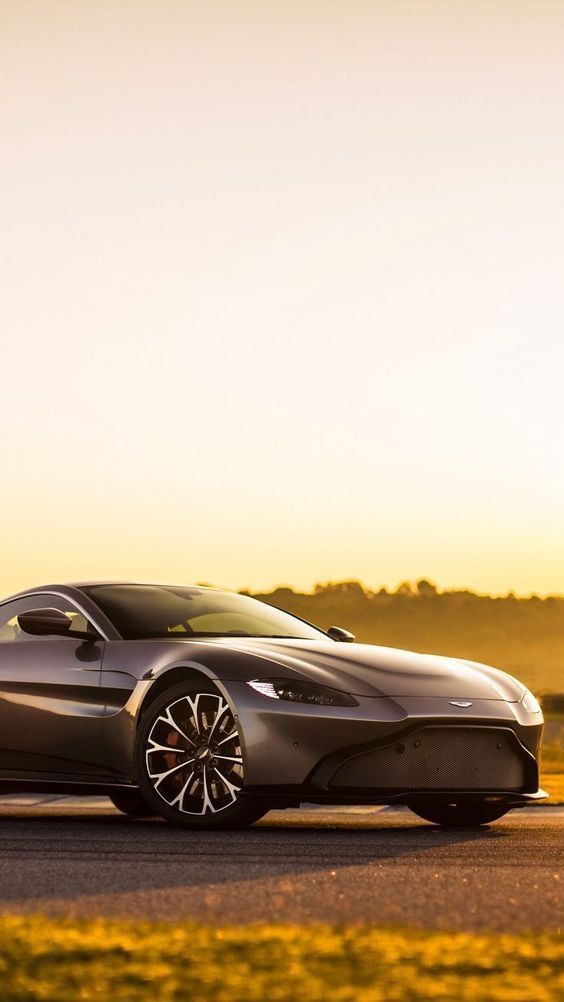 21 Best Sporty Aston Martin Wallpapers Of All Times Aston Martin Aston Martin Cars Aston Martin Vantage
