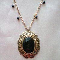 collar de oro con piedra de onix de Ana Bolena