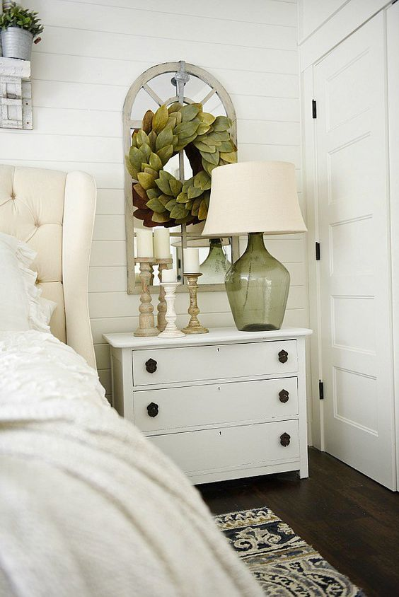 Best One Horn White Nightstand Makeover Magnolia Homes 640 x 480