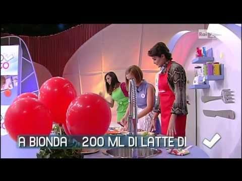 Detto Fatto : Giorgia Di Sabatino cucina il pollo alle mele e curry con Roberta Capua 16/10/2013 - YouTube