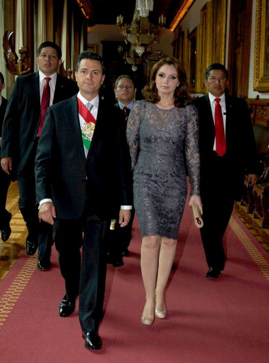 Angélica Rivera, de estrella de telenovela a primera dama de México #famosas