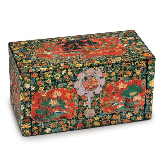 Korean Traditional Wedding Gift Box For The Bride