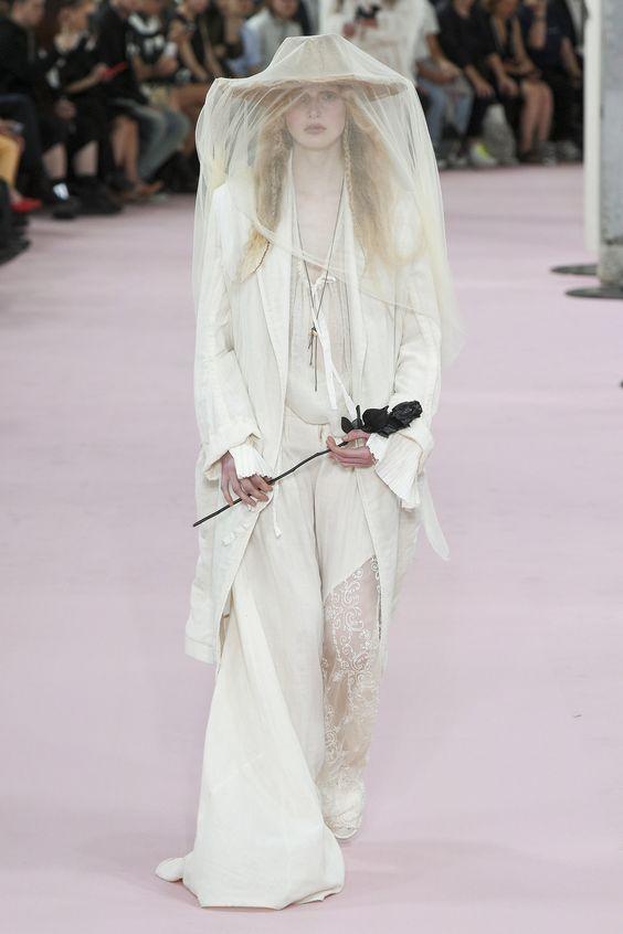 Ann Demeulemeester Spring 2019 Menswear #fashion #runway #menswear