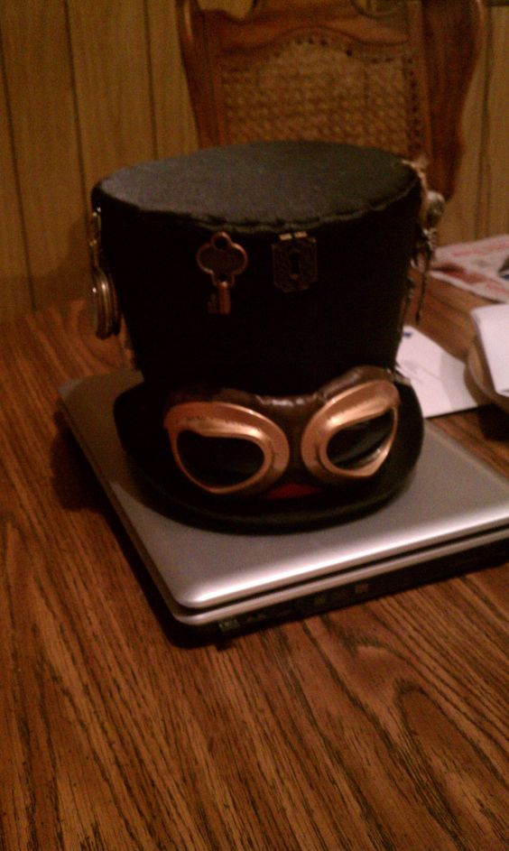 steampunk hat made by Paige's in to the Past