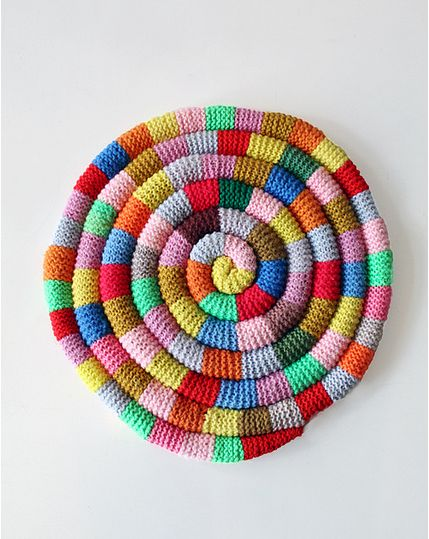 knitted snake chair cushion Home Inspiration Pinterest Yarns, Chairs an...