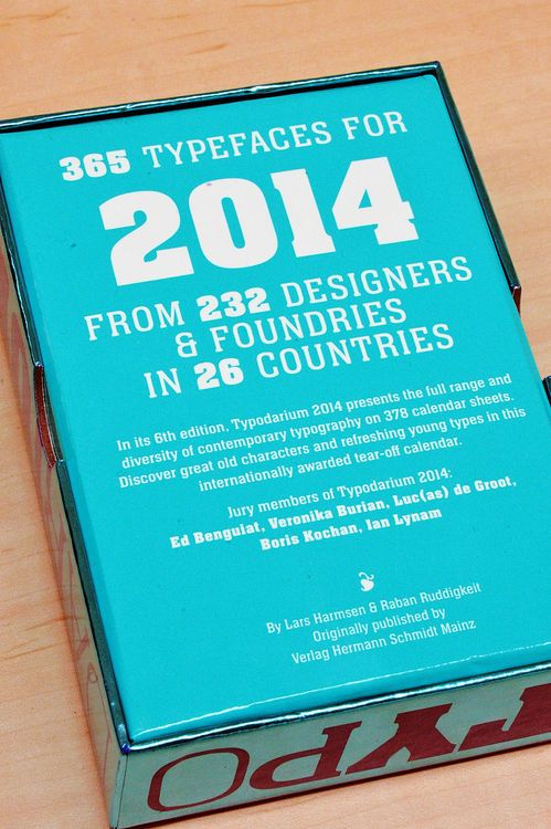 GIGAZINE365種類のフォントが堪能できる日めくりカレンダー「Typodarium 2014」
