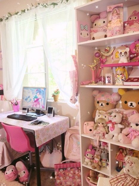 Kawaii room! Instagram: rosie_os: