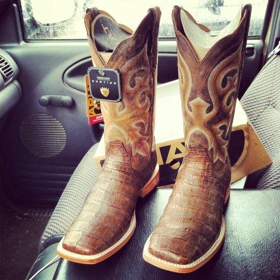 Ariat Caiman Boots http://www.ariat.com/Western/Men/Footwear