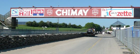 Circuit de Chimay - Today's pitlane and start/finish area.
