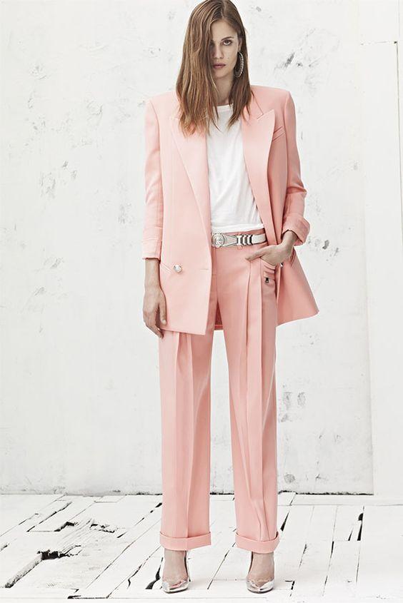 http://stealthelook.com.br/como-usar-rose-quartz-o-tom-da-vez/: