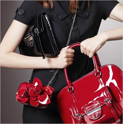 Яркая сумка и женский гардероб