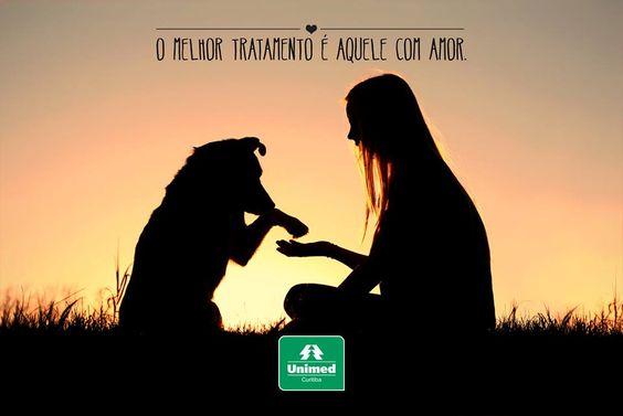 """Bem à saúde e ao coração! Você sabia que a """"Pet Terapia"""" favorece a sua qualidade de vida? Confira motivos para manter o seu melhor amigo sempre por perto: http://unimed.me/1hLNFpy"""