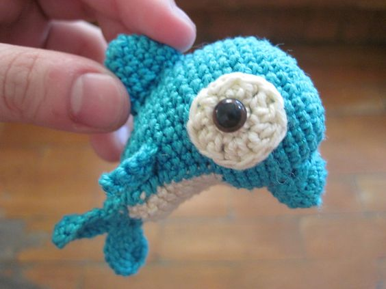 Ravelry: Daddy and Baby Dolphin pattern by Shannen C