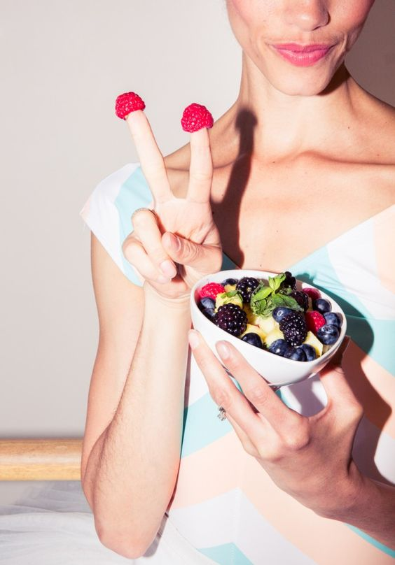 BRB, adapting the 'ballet girl' regimen. http://www.thecoveteur.com/ballet-dancer-meals/
