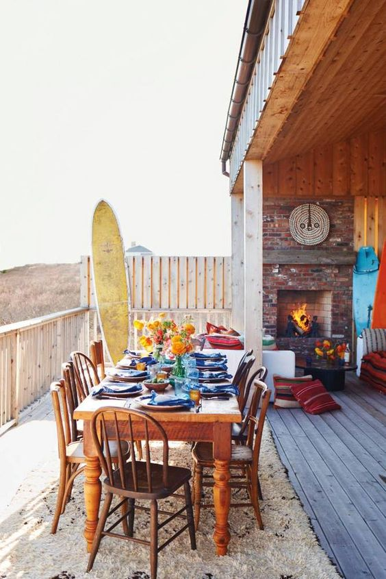Explore inside Sean MacPherson and Rachelle Hruska's Montauk beach house and learn their tips for living stylishly and entertaining in a cozy chic way by the beach.: