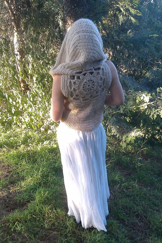 Mandala Pixie Vest With Cloak Style Hood...need to make one of these...no pattern anyone able to find the patter?