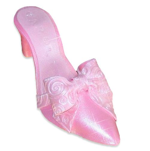 How to Make A Gumpaste Shoe By boonenati on CakeCentral.com