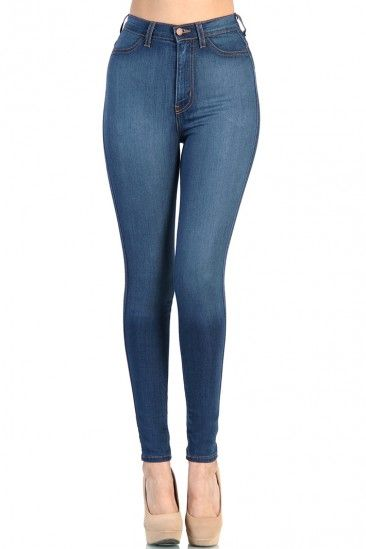 High Waist Blue Jean #bottoms #highwaist #cute #fashion #legs #sexy #blogger #model #destroyedjeans #highwaistjeans #leggings