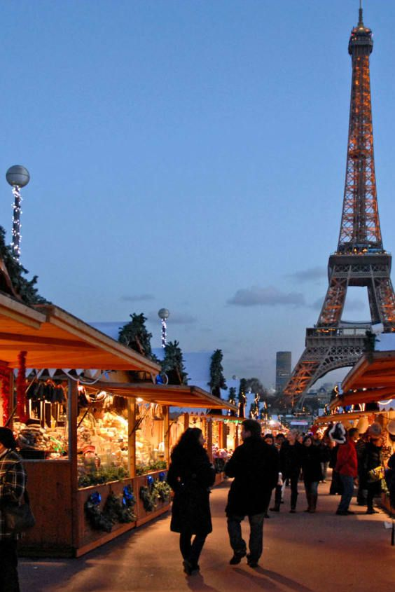 Paris Open On Christmas 2021 Christmas Markets 2021 2022 In Paris Dates Paris Christmas Market Christmas In Paris Christmas Market