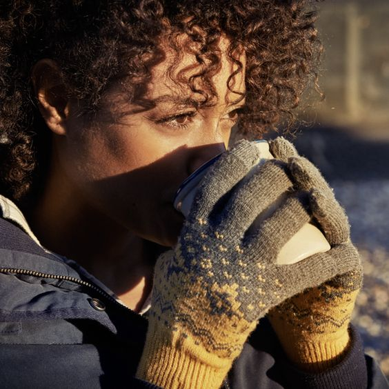 Timberland Women's Maiden Beach Knit Touchscreen Glove. In a season-perfect pattern, each forefinger and thumb comes crafted to keep you plugged into your tech as you go.