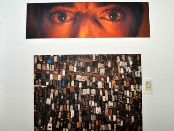 """Está em exibição no Pavilhão das Artes do Palácio da Instrução, a mostra """"Cuiabá 300"""", do fotógrafo José Medeiros, exposição que retrata detalhes da transformação da cidade ao longo dos séculos."""