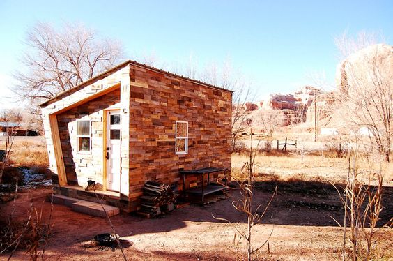 Tiny house meets digital fabrication in the FOUNDhouse.    http://tinyurl.com/pnzjcsl