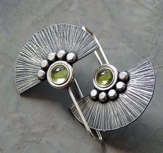 Pendientes divertidos de plata con peridoto                                                                                                                                                      Más