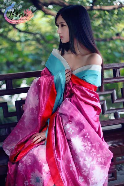 Китайска рокля - Ханду ...