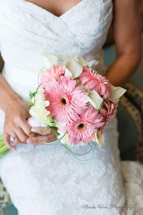 16 Stunning Summer Wedding Flowers Blush Gerbera Daisies And