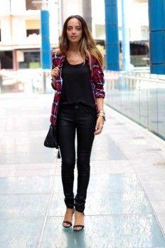 look super bons plans chemise carreaux debardeur top noir pantalon noir mode pinterest. Black Bedroom Furniture Sets. Home Design Ideas
