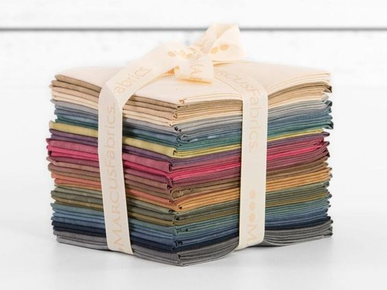 Marcus Fabrics New Aged Muslin Fat Quarter Fabric Bundle Quilt Supplies