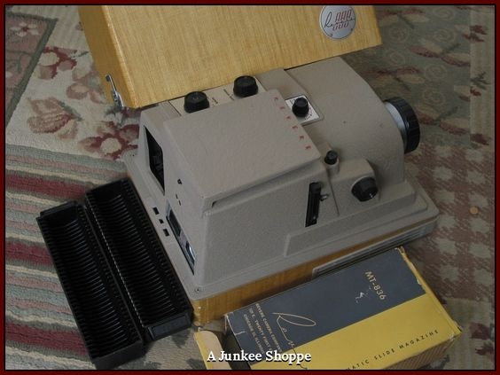 REVERE 1955 P 888 Automatic 35mm Vintage Self Operating Slide Projector Used  IMG 2463   http://ajunkeeshoppe.blogspot.com/
