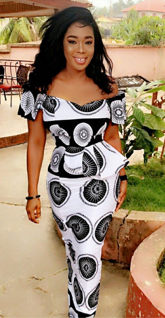 Offshoulders chitenge peplum dress. Kanyget fashions +