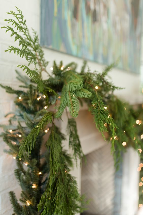 decorating mantel for christmas on a budget