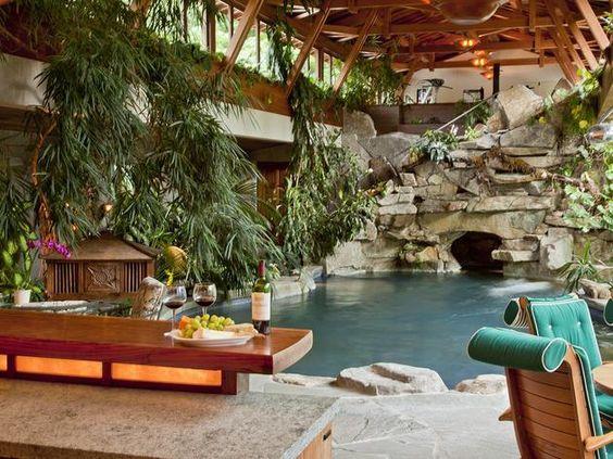 Million-Dollar Pool: Mercer Island, Wash.
