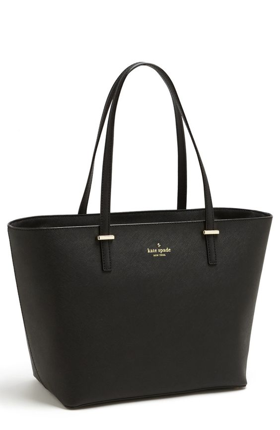 Love the vintage glamour of this minimalist Kate Spade tote.