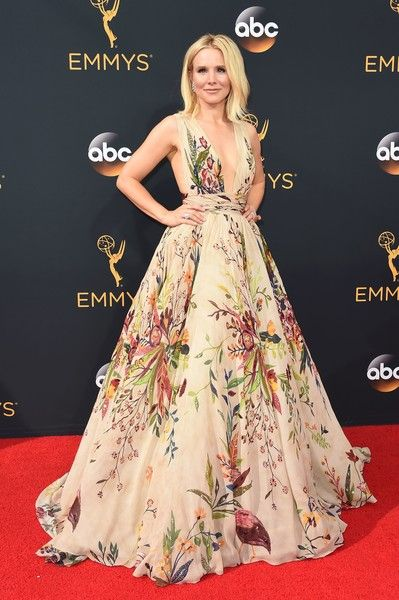 Kristen Bell in Zuhair Murad - Best Dressed at the 2016 Emmy Awards - Photos