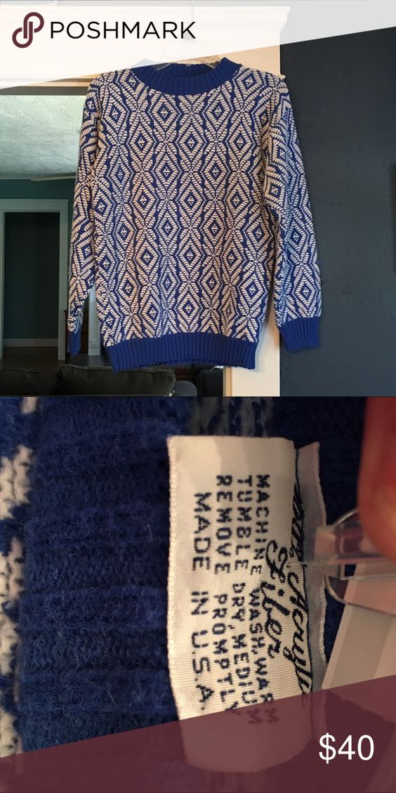 Vintage blue & white Aztec sweater Awesome geometric blue and white sweater. This is another that's hard to part with! It's a vintage sweater but in excellent condition! Bill Cosby sweater - oversized boyfriend sweater - chunky warm sweater - Christmas sweater Sweaters