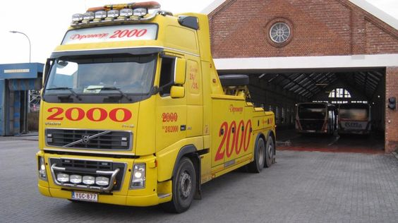 VOLVO FH 16 , 6X2 - Depannage 2000