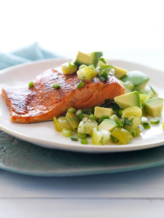 Make me dinner? Chili Rubbed Salmon with Cilantro Avocado Salsa from www.mattbites.com