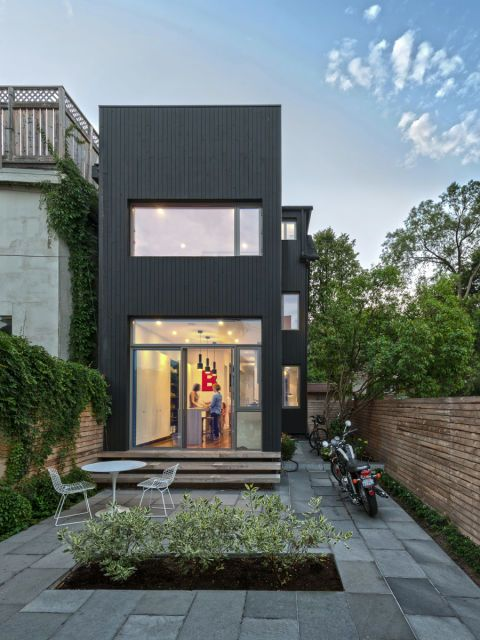 7 Homes You D Never Guess Were Tiny Small House Design Architecture Modern Small House Design Architecture Small house design in canada