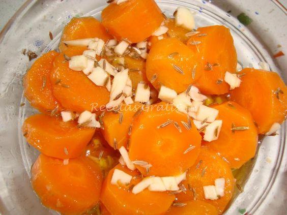 Receta de Zanahorias y coliflor aliñadas