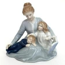 """Vintage porcelain figurine statuette """"A Mothers Touch"""" made by Avon i... Lot 70A"""