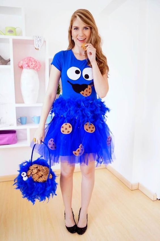 Cookie Monster | 13 Easy Halloween Costumes That Are Cool And Office-Approved