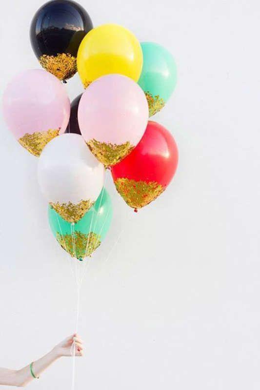 Globus de colors amb purpurina.