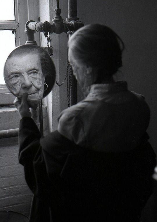 Louise Bourgeois in her studio by Adar Yosef, 1992