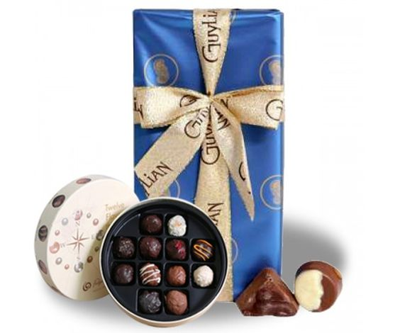 Guylian Opus 180g  :   A luxurious selection of Belgium chocolates from excitingly crunchy, divinely creamy to hazelnut praline and milk chocolate truffle. Each chocolate is named after a famous opera.