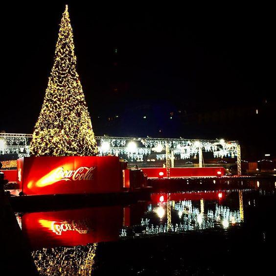 christmas village christmasvillage xmas december navigli darsena regali cocacola christmaslover xmastime reflex night celebrations sa